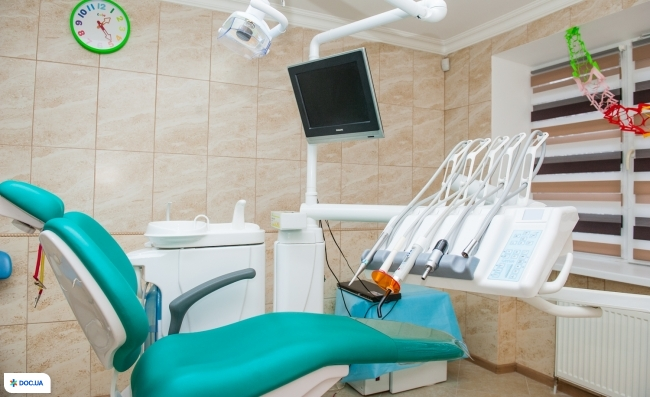 Лікар Зуб